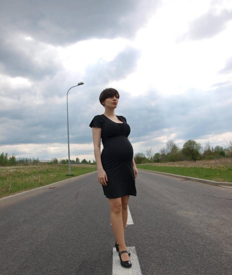 Sukienka w groszki.jpg